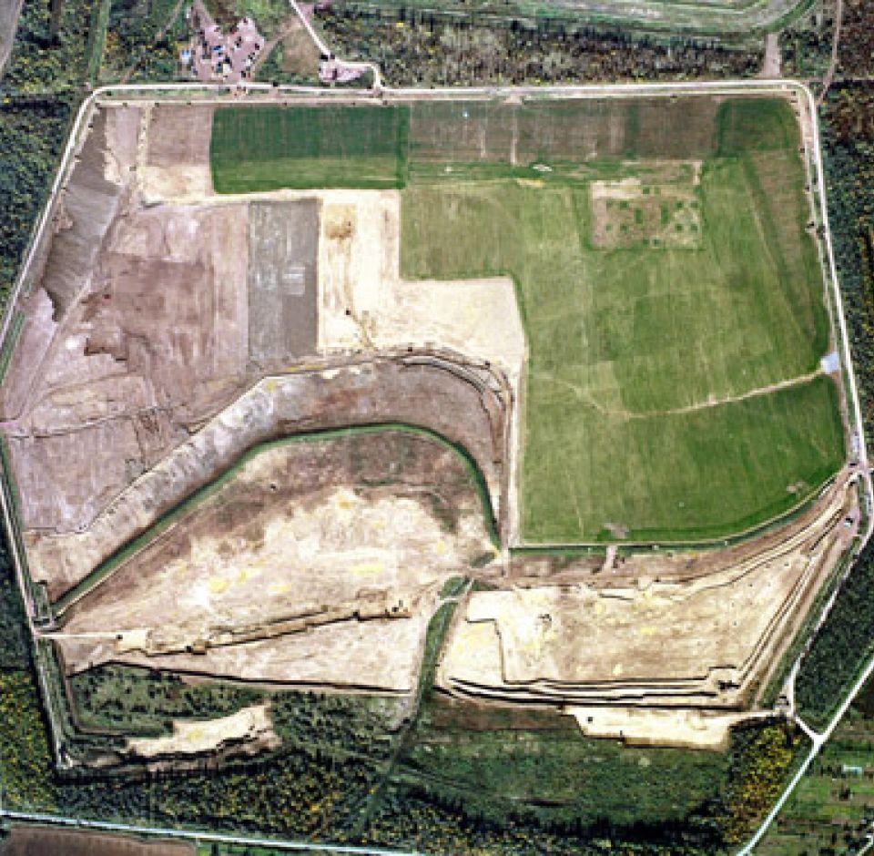 2001. - Zagytározó medencék, szivárgó hálózat építés, felújítás